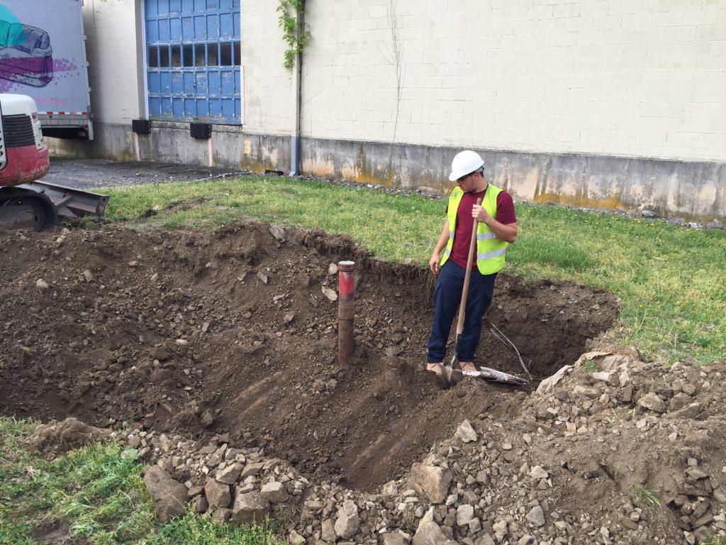 Inspecting underground tank